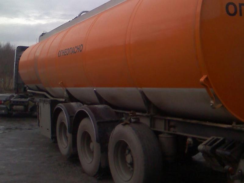 Цистерна для перевозки топлива